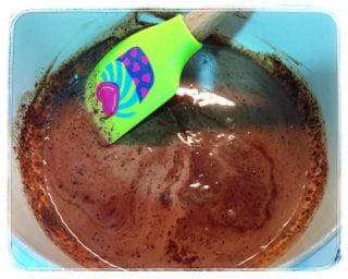 Chocolate derretido con la nata