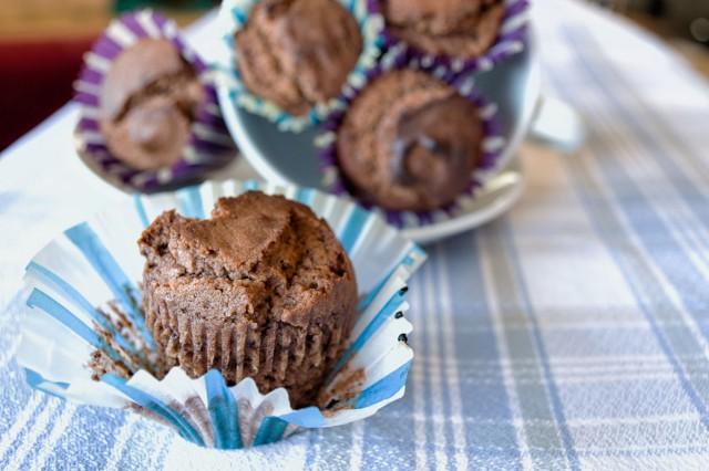 01-Magdalenas-esponjosas-de-chocolate-y-claras